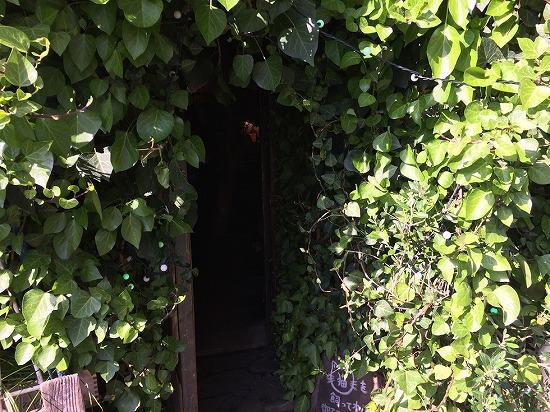 マンヂウカフェ ムギマル2の入口写真