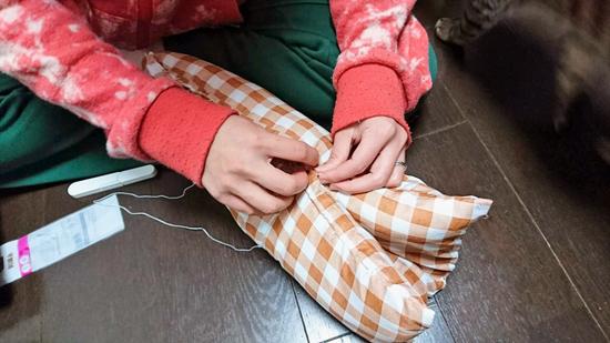 座布団の手作り猫ベッドの作り方1
