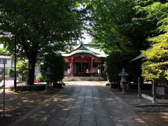 亀岡八幡宮の社殿の写真