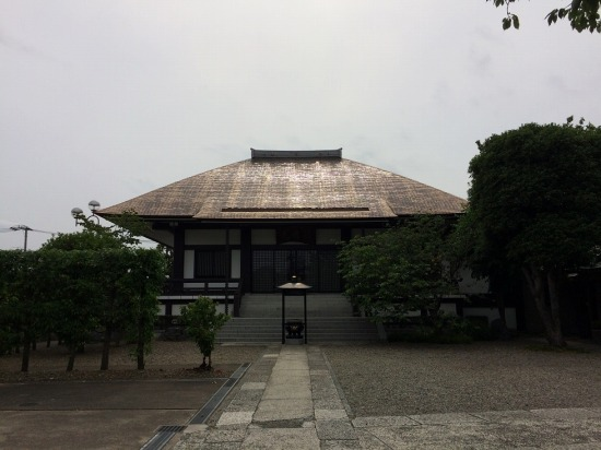 自性院の本殿の写真