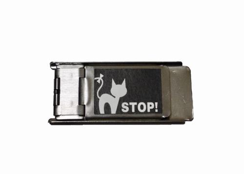 猫脱走対策の補助錠商品のイメージ
