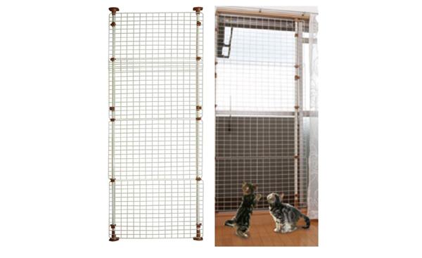 マルカン猫網戸脱走防止フェンスの商品イメージ
